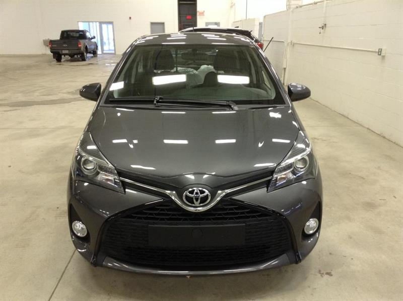 Toyota Yaris Hatchback 10