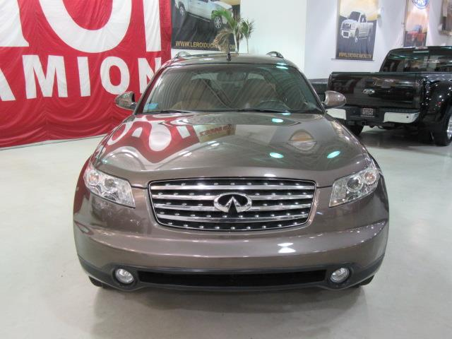 infiniti fx45 tech package gps navi tv dvd 2003 occasion vendre saint eustache chez le roi du. Black Bedroom Furniture Sets. Home Design Ideas
