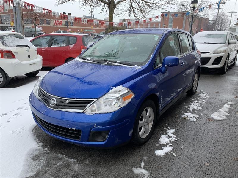 Nissan Versa Hatchback 2011 SL FULL EQUIP #20-026