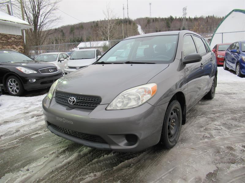 Toyota Matrix 2005 #19-538