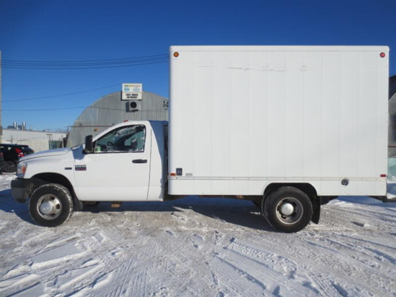 2008 Dodge Ram 3500 12 Ft Cube - **Low Kms**/Slide out Ramp #4234