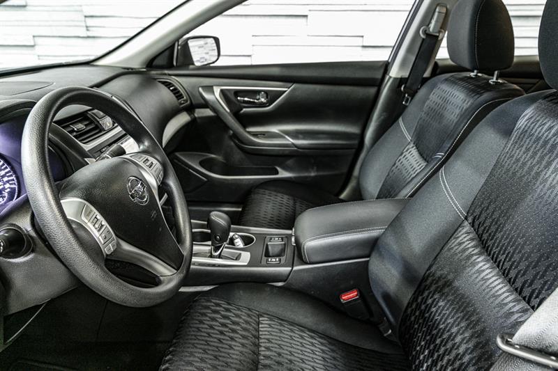Nissan Altima 9