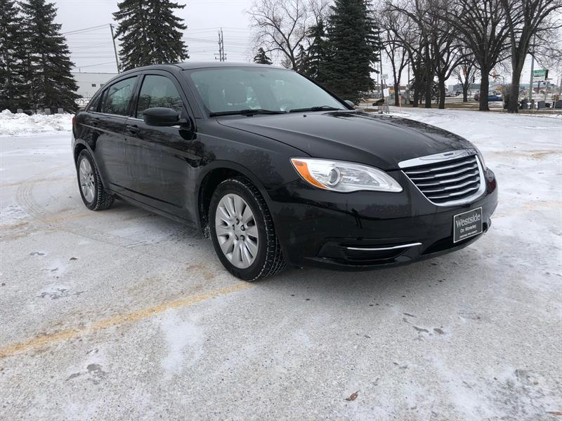 2014 Chrysler 200 LX #9972.0