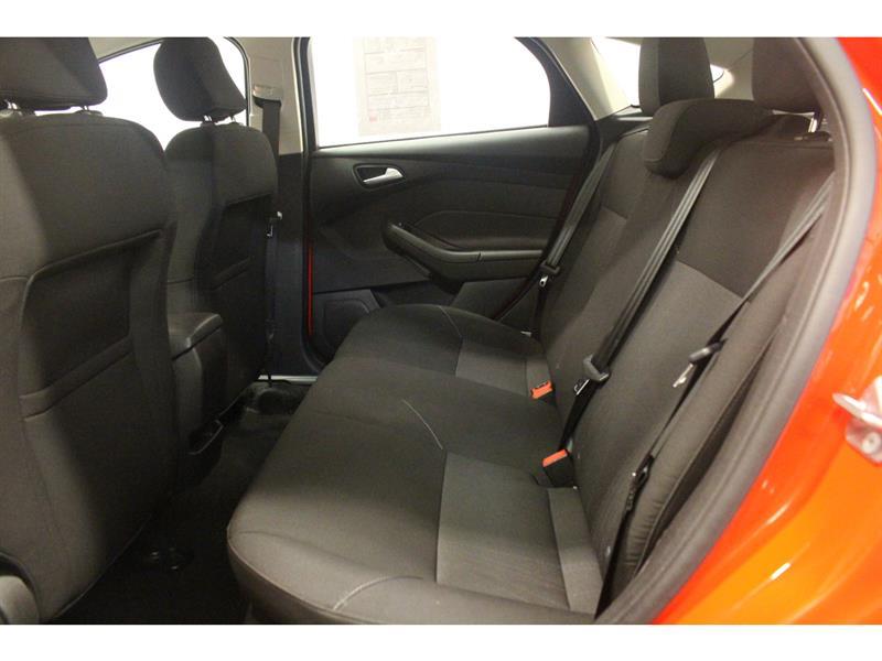 Ford Focus Hatchback 31