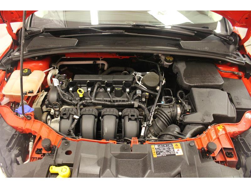 Ford Focus Hatchback 34