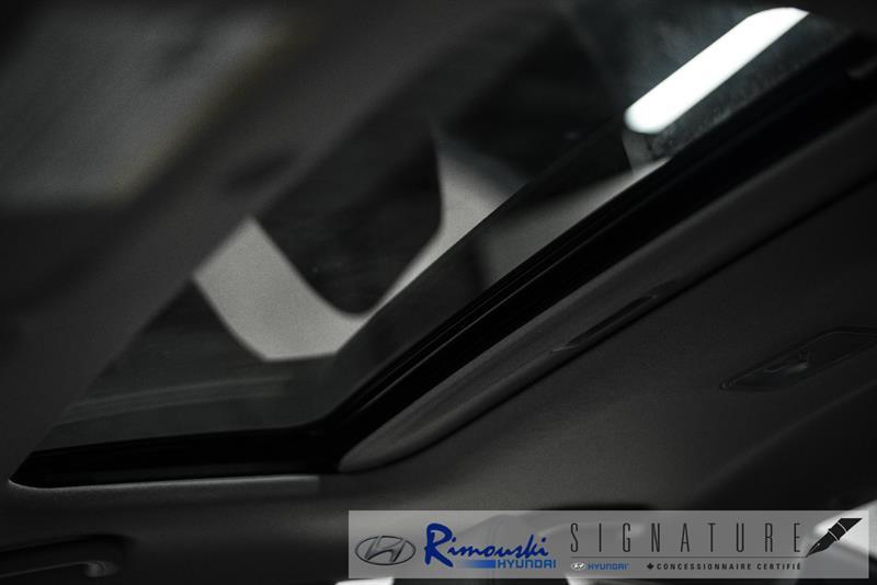 Hyundai Accent Sedan 28