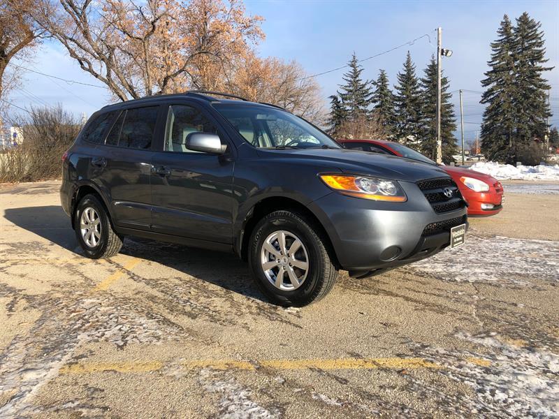 2009 Hyundai Santa Fe GL #10031.0