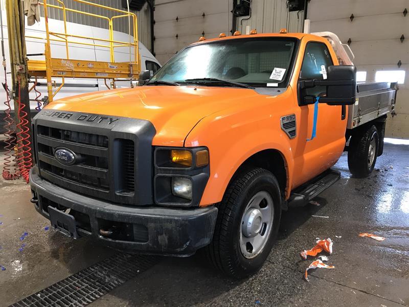 2009 Ford Super Duty F-350 SRW 2WD Reg Cab 141 WB 60 CA #9EA51645