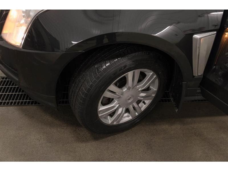 Cadillac SRX 29