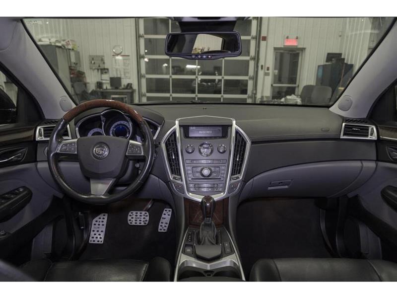 Cadillac SRX 21