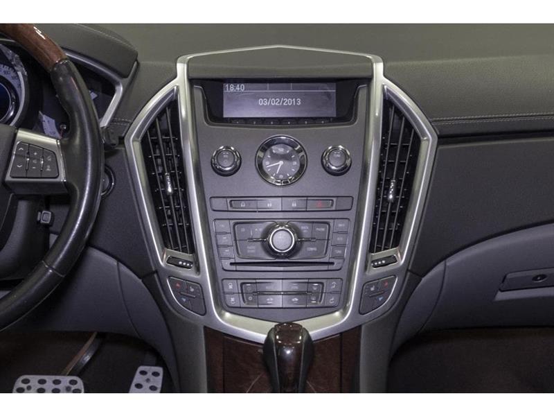 Cadillac SRX 32