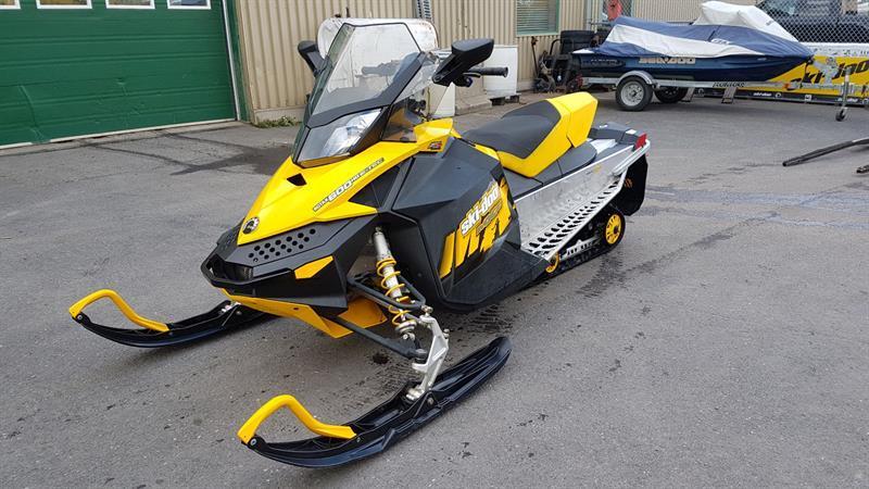 Skidoo MX Z Adrenaline 600 2009
