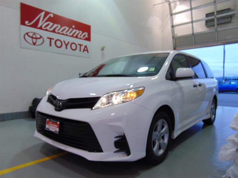 2018 Toyota Sienna 7-Passenger FWD #21743AR