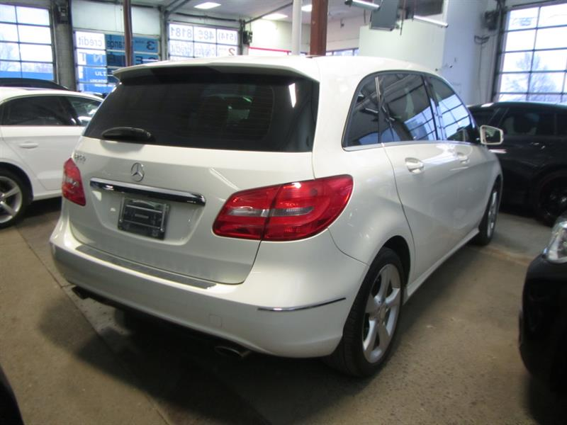 Mercedes-Benz B250 2013 *PAY WEEKLY $49 SEMAINE ** #S2537 ***158781