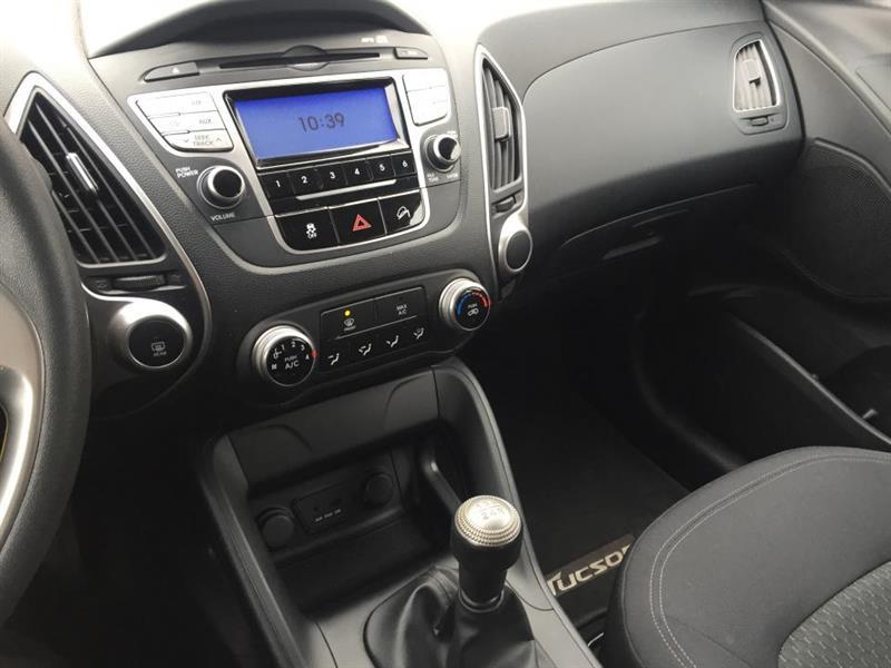 Hyundai Tucson FWD 18