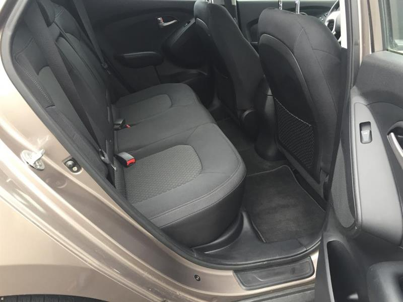 Hyundai Tucson FWD 22