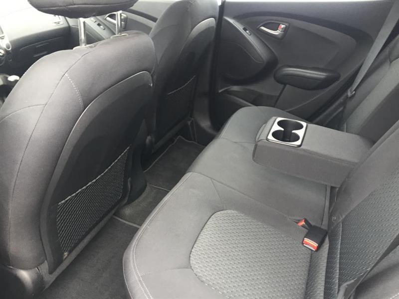 Hyundai Tucson FWD 24