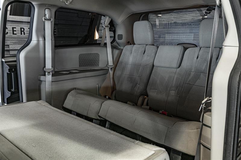 Dodge Grand Caravan 12