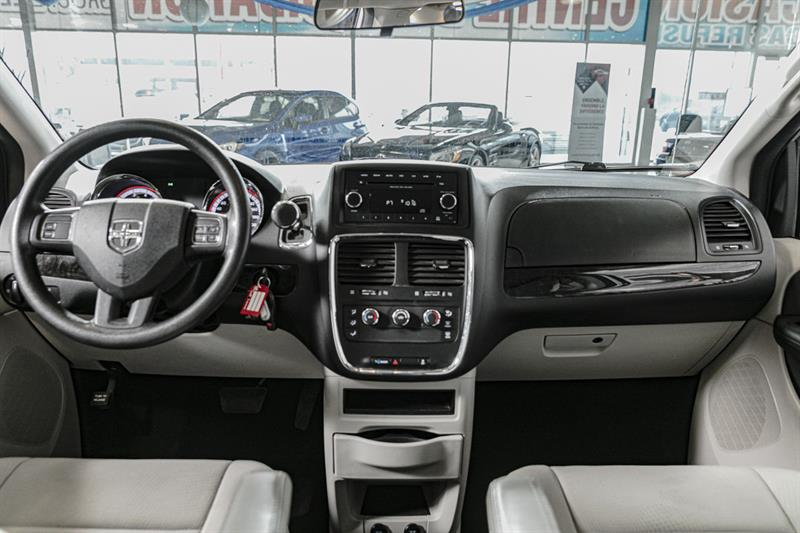 Dodge Grand Caravan 14