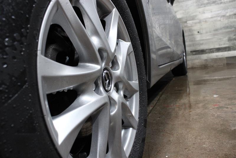 Mazda 3 9