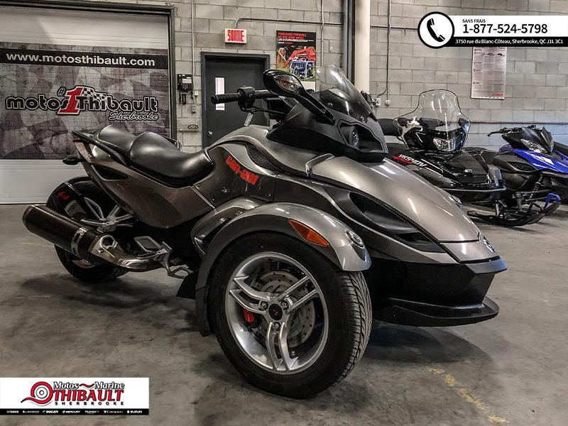 Can-am Spyder RS 2011