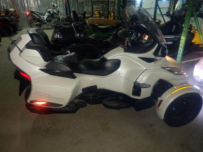 Can-am Spyder RT-S 2015