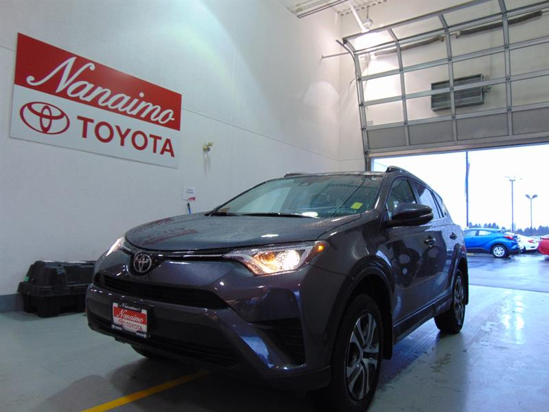 2017 Toyota RAV4 FWD LE #21446AX