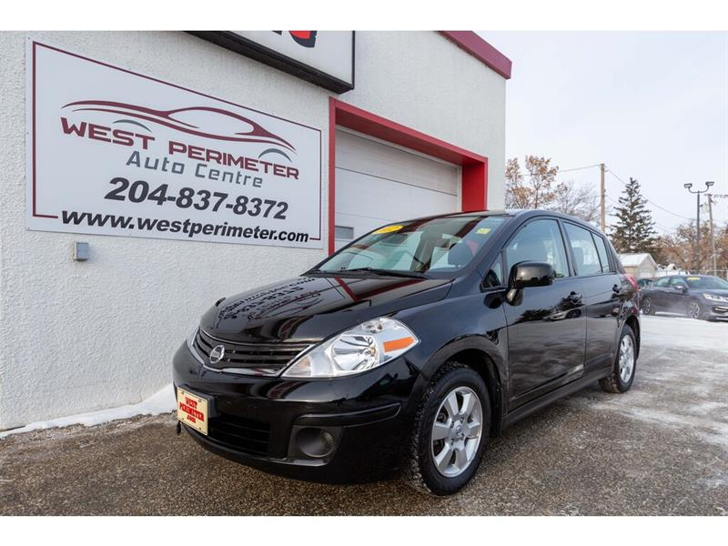 2012 Nissan Versa SL 5dr HB *Power Group* Under 46,000 kms* #5599-1