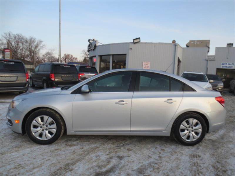 2016 Chevrolet Cruze 4dr Sdn LT - Sunroof/Bluetooth/Camera/Remote Start #3234