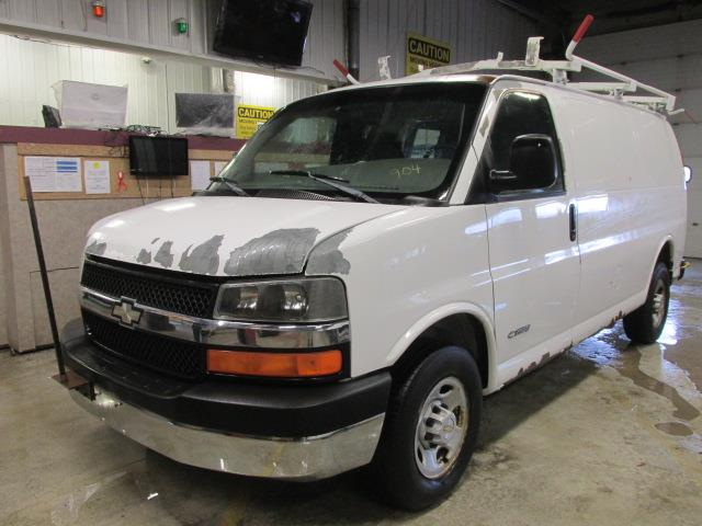2003 Chevrolet Express Cargo Van 2500 135 WB RWD #1165-1-40