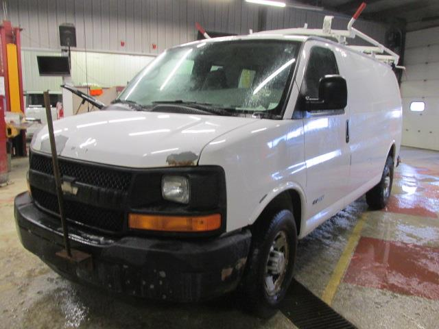 2005 Chevrolet Express Cargo Van 2500 135 WB RWD #1165-1-59