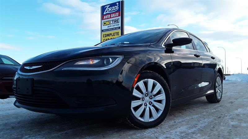 2015 Chrysler 200 LX #P612