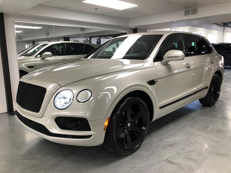 Bentley Bentayga 2018 AWD W12 BLACK EDITION  #A022606