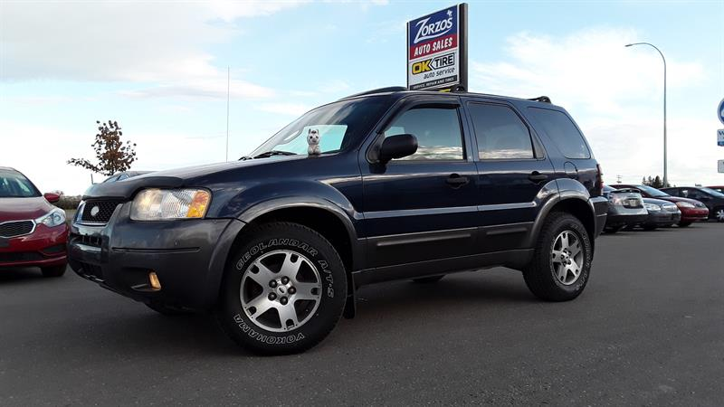 2004 Ford Escape XLT #P571