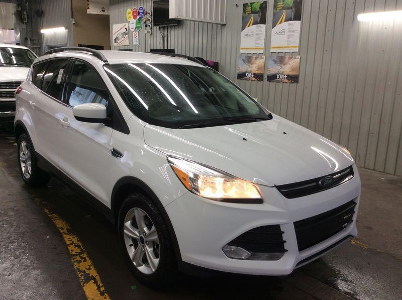 2016 Ford Escape AWD ** PAY WEEKLY $39 SEMAINE ** #2402 ***A23544  ES1