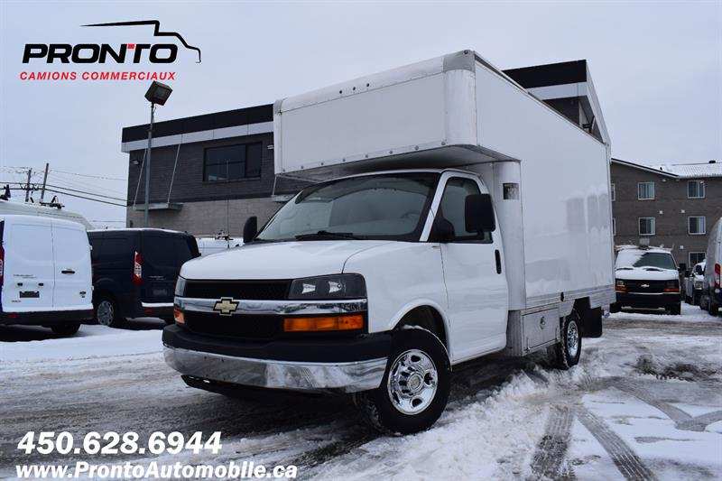 Chevrolet Express Commercial Cutaway 2012 3500 ** CUBE 12 PIEDS DECK ** 6.0L Vortec **  #1194