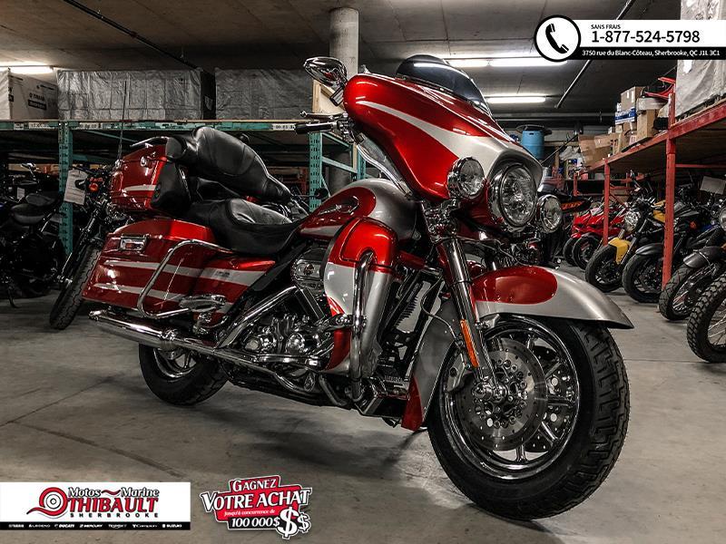 Harley Davidson FLHTCUSE 2008