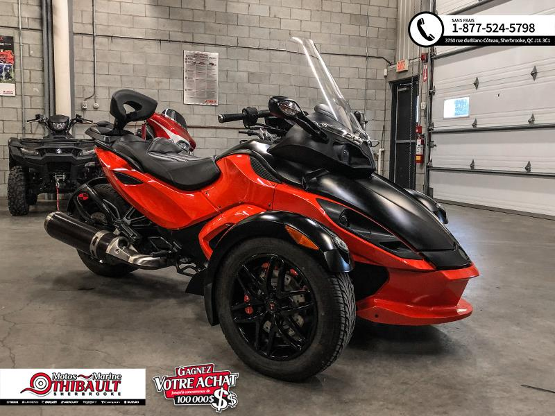 Can-am Spyder RSS 2012