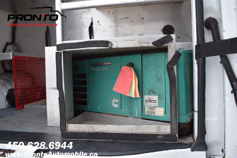 Chevrolet Express Cargo Van 17