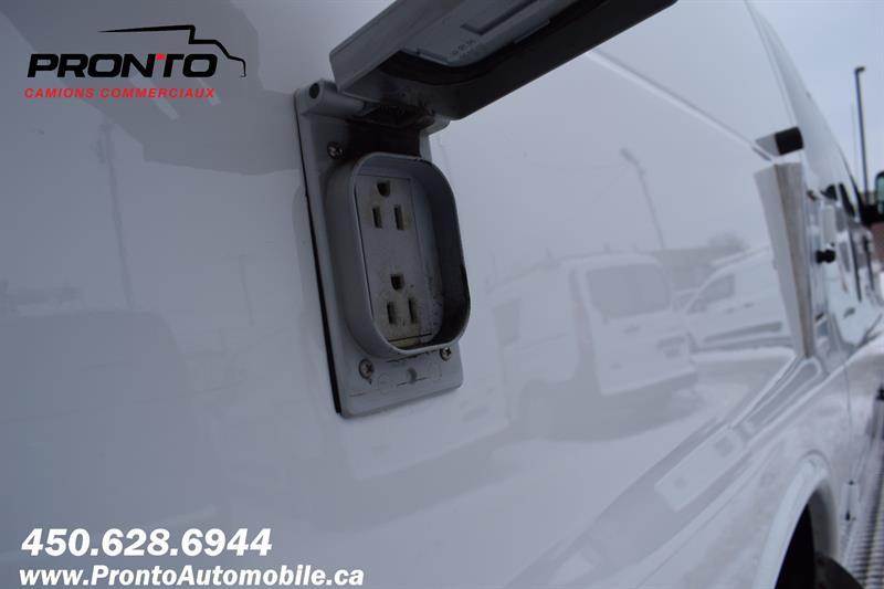 Chevrolet Express Cargo Van 20