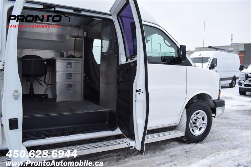 Chevrolet Express Cargo Van 13