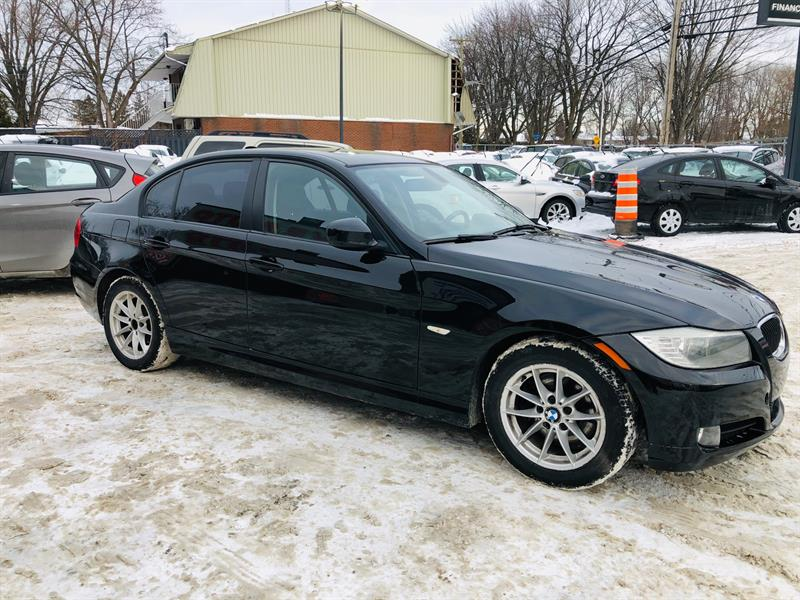 BMW 3 Series 2011 Air-Bluetooth-Cuir-Mags-Toit-Groupe Electrique #98746-2
