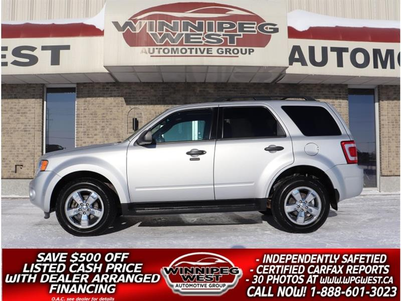 2009 Ford Escape V6 4X4, HTD LEATHER, SUNROOF & MORE, LOCAL TRADE #GNW5446
