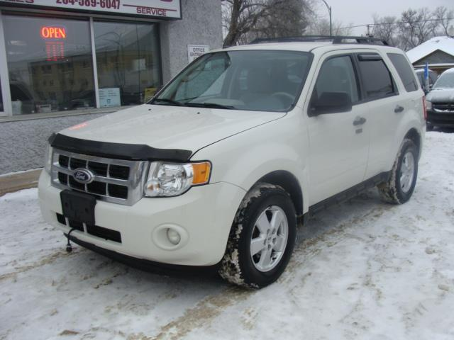 2010 Ford Escape  A.W.D. LIMITED