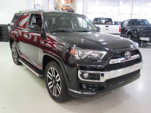 2015 toyota 4runner limited 4wd 7 passagers used for sale in saint eustache at le roi du camion. Black Bedroom Furniture Sets. Home Design Ideas