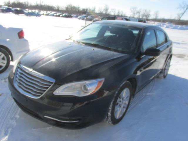 2014 Chrysler 200 4dr Sdn LX #1170-2-9