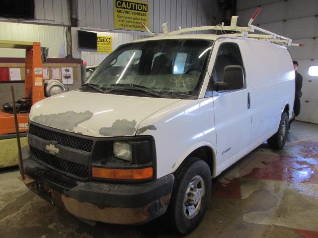 2005 Chevrolet Express Cargo Van 2500 135 WB RWD #1171-1-58
