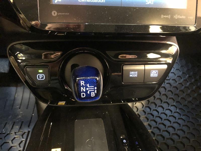 toyota Prius 2019 - 11