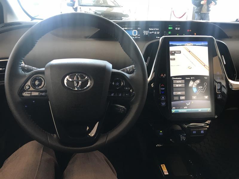 toyota Prius 2019 - 18