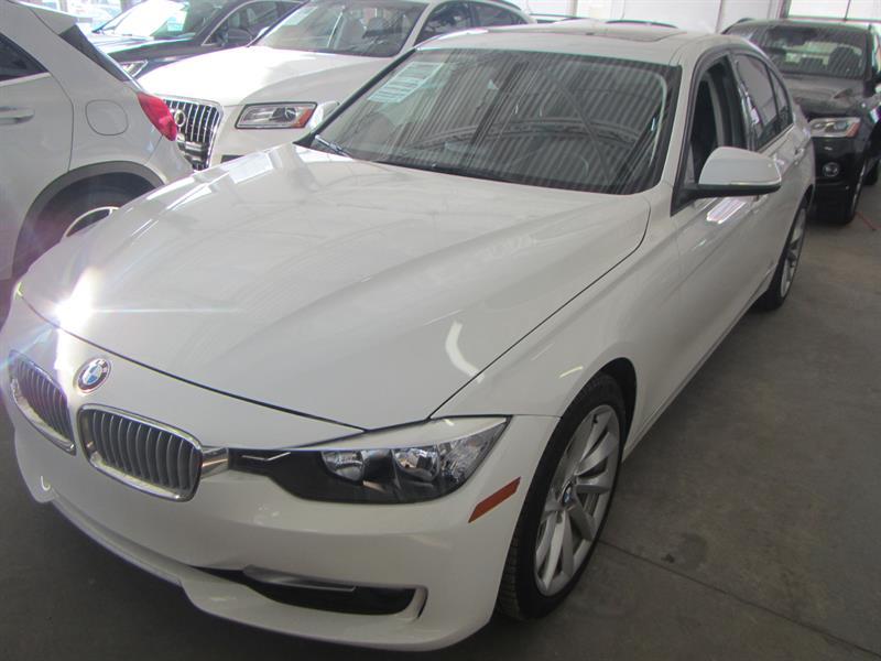 BMW 320I 2013  AWD  **PAY WEEKLY $49 SEMAINE ** #2395 **978761